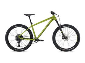 WHYTE 905